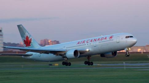 aircanadab767300takeoffcourtesy_750xx3000-1689-0-552 (1)